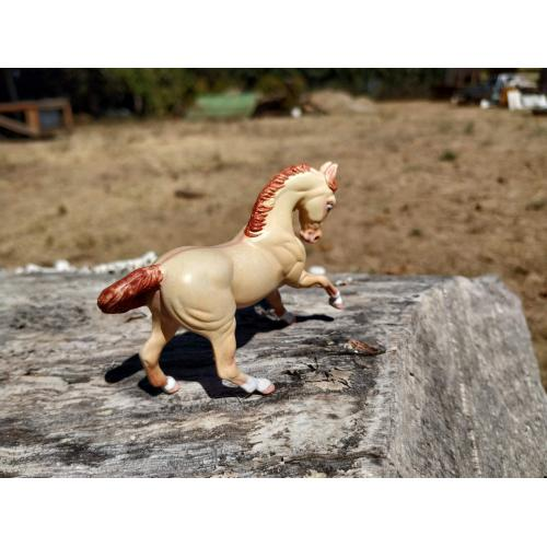 Perlino dun Breyer custom